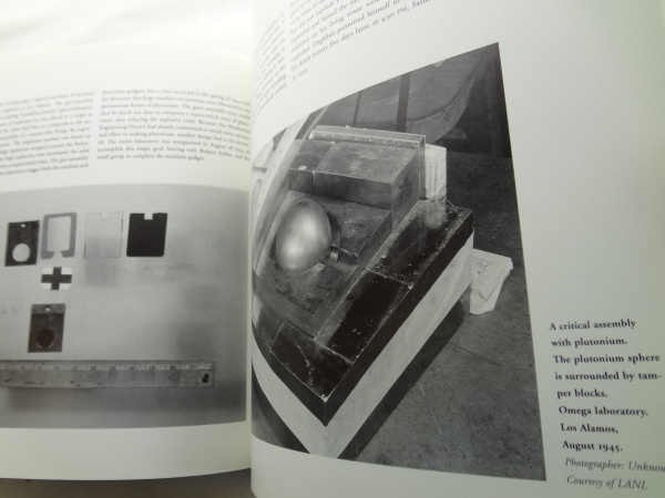 Picturing the Bomb: Photographs from the Secret World of the Manhattan Project4
