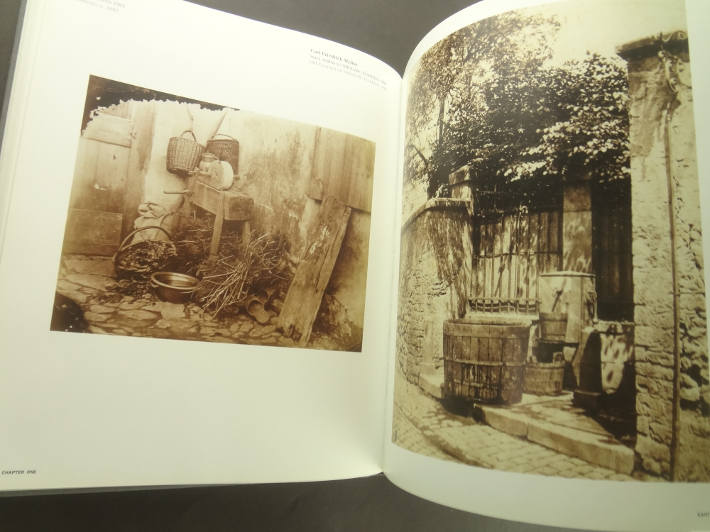 Zivot veci: Idea zatisi ve fotografii 1840-1985 / The Life of Things: The Idea of Still Life in Photography 1840-19855