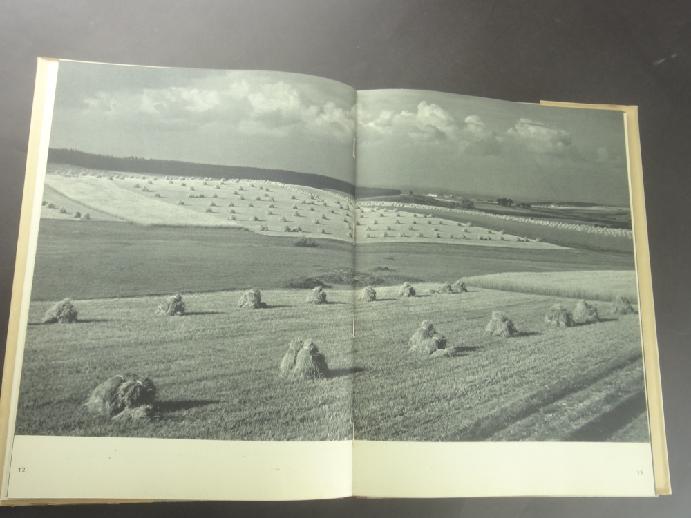 Zeme a lide Kniha fotografii1