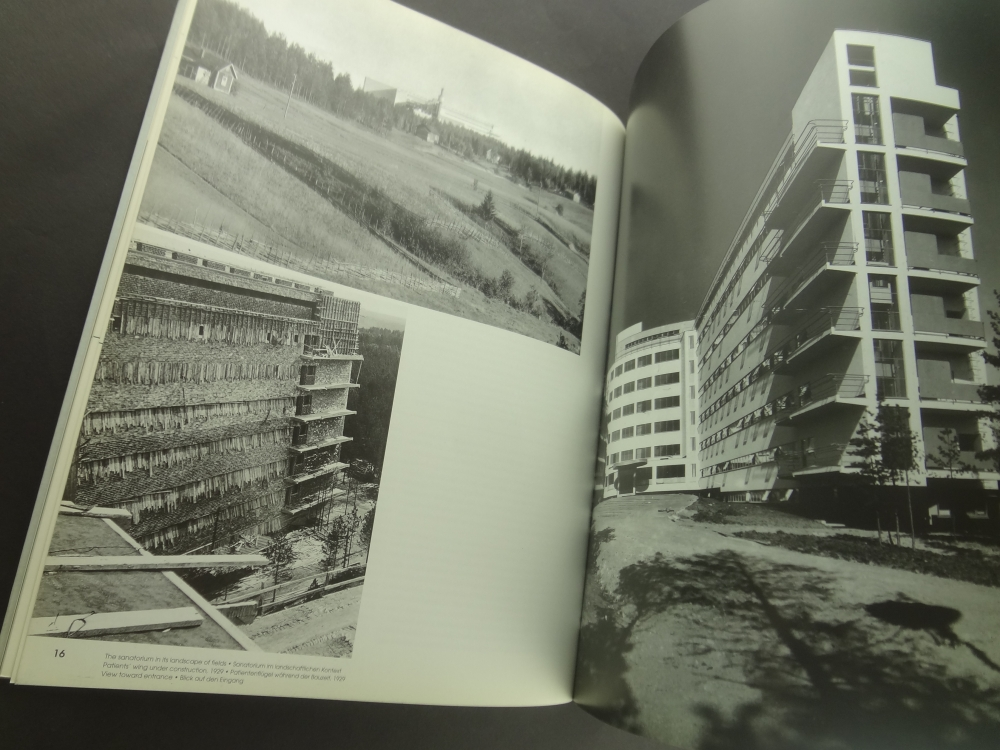 Alvar Aalto in seven buildings: Interpretations of an architect's work / in sieben Bauwerken: Interpretationen des Lbenswerks eines Architekten1